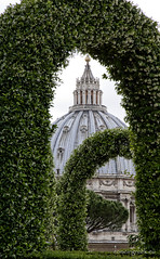 "Giardini Vaticani • <a style=""font-size:0.8em;"" href=""http://www.flickr.com/photos/89679026@N00/8837857757/"" target=""_blank"">View on Flickr</a>"