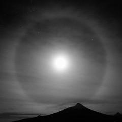 Moonbath under volcano   Lagos - Chile (mateozareba.com) Tags: chile volcano lagos osorno olympusomdem5
