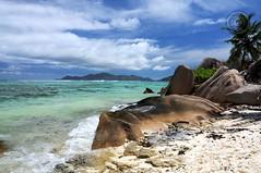 La Digue Island, Seychelles (Wioletta Ciolkiewicz) Tags: africa travel sky nature landscape island paradise stones indianocean ciel seychelles paysage archipelago île ladigue archipel niebo wyspa archipelag océanindien afryka oceanindyjski seszele wiolettaciolkiewicz
