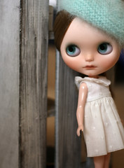 Sandy looking as a French girl (buganville) Tags: by doll sandy mint fluffy blythe custom beret fbl buganville tibiloo