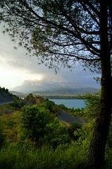 Pea Montaesa (Jorge Moliner Vinaceite) Tags: nikon huesca sony pantano jorge tormenta ainsa pea pirineos sobrarbe pirineo d300 mediano alcaine moliner montaesa vinaceite
