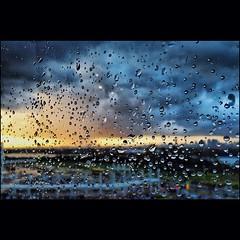 Sunset Raining - Recife/PE (Alfeu Tavares) Tags: sunset water rain gua square chuva squareformat recife raining chovendo iphoneography instagramapp