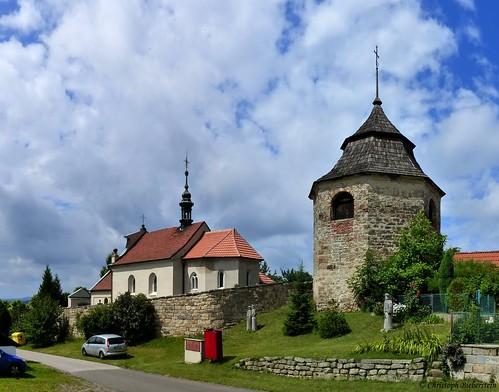 Nepřívěc  - Kostel Nalezení sv Kříže