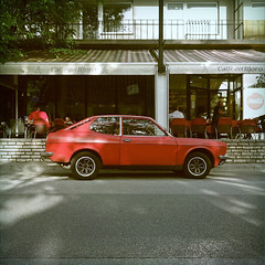(i k o) Tags: camera classic car vintage square italian fiat sony 28mm pocket 1972 pointshoot coup compact 128 carlzeiss tascabile rx100 poladroid compatta variosonnart 28100mmf1849