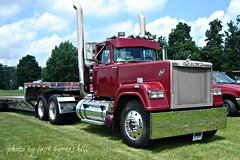 East Coast Large Car Truck Show 2013 (jack byrnes hill) Tags: mack superliner macksuperliner jackbyrneshill eastcoastlargecartruckshow