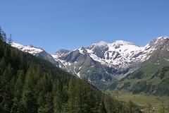 Sonnenwelleck and Fuscherkarkopf (Ari_Sarah_Erik_Leifur) Tags: mountain austria fuscherkarkopf breitkopf grosglocknerhochalpenstrase sonnenwelleck fuschertal
