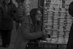 Así, no toca (Joe Lomas) Tags: madrid street leica urban españa navidad calle spain candid loteria m8 reality streetphoto urbano urbanphoto realidad callejero robado robados realphoto fotourbana fotoenlacalle fotoreal photostakenwithaleica leicaphoto