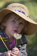 IMG_7859 (Tina Stanley) Tags: family people nature oregon photography state things dandelion sunhat makeawish descriptive paigesprings
