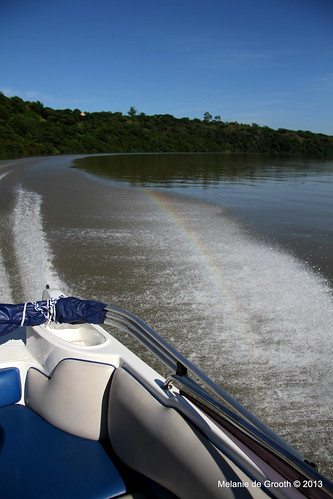 Speed Boat Rainbow