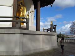 Talk to the gods (Black skulls) Tags: pagoda praying gods batterseapark