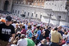 GC_20130518_MG_2105 (Gabriele Capelli) Tags: family people pope vatican vaticano sanpietro piazzasanpietro pellegrini movimenti famiglie papafrancesco popefrancisco