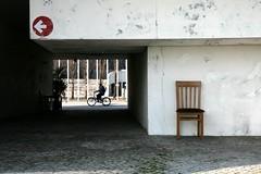 Archéoconstructivisme transcendantal (un sablier) Tags: chair lisboa chaise lisbonne virela gardela virela2 gardela2 virela3 gardela3 virela4 virela5 virela6 virela7 virela8 virela9 virela10