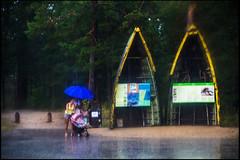 20130807-160 (sulamith.sallmann) Tags: wet rain umbrella europa latvia rainy umbrellas regen wetter regnerisch regenschirme candidshot nass lettland regenwetter regenschirm latvija kurzeme lva kurland sulamithsallmann kapkolka kolkasrags