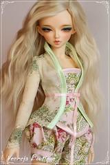 Caitlin - MNF set (venecja1) Tags: mod doll dolls dress chloe bjd dollfie fairyland msd minifee venecja vision:people=099 vision:face=099 vision:food=0521