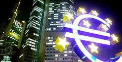 Alberto Micalizzi (alberto_micalizzi_official) Tags: europe action alberto lehman londra titoli micalizzi albertomicalizzi albertomicalizzimilano