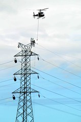 DSC05410fr (Mangiwau) Tags: electric high dangerous construction chopper highway power lift bruce north australia cable line safety pole helicopter sling queensland tropical electricity heavy operation tension far tully innisfail voltage ergon babinda listrik tenaga slinging bahaya