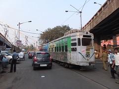 Calcutta 692 Howrah Bridge (Guy Arab UF) Tags: bridge india public transport 1988 tram company trams kolkata articulated calcutta howrah jessop tramways 692
