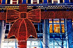 Christmas Bow (Dave G Kelly) Tags: christmas city ireland winter dublin building beautiful shop festive lights decoration illuminated celebration departmentstore bow buildingexterior clearys illuminatedbuilding