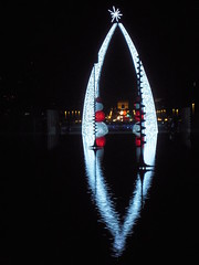ESPLANADE DE LA DEFENSE (marsupilami92) Tags: france frankreich ledefrance illuminations noel ladefense reflet 92 hautsdeseine
