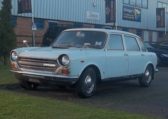 Austin 2200 #1 (occama) Tags: old uk white car austin cornwall rusty 1800 morris 1972 bmc 2200 landcrab gxc27l