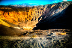 Don't Fall In (J*Phillips) Tags: california desert crater backgrounds deathvalley geology nationalparks drama