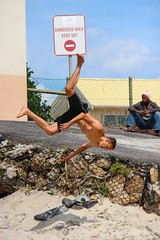 Beach acrobatics (Michael from Austria) Tags: africa beach southafrica capetown acrobatics athlete sdafrika milnerton westerncape kapstadt woodbridgeisland cracy westkap