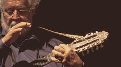 Horacio Durn (R E T R A T O S de M  S I C O S) Tags: new light people bw en me argentina azul night contrast personas mendoza german msica nuevo vivo fotografa horacio msicos durn intiillimani retratosdemsicos fotografademsicos quirog