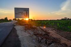 20140209-DSC_8950 (jbdodane) Tags: africa angola asphalte bicycle day463 road roads sign sunset freewheelycom cycling vlo cycletouring cyclotourisme velo jbcyclingafrica