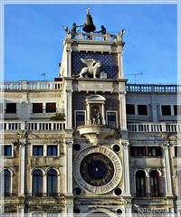 Venezia Torre dell'Orologio e Terrazza dei Mori (boisderose) Tags: venice campana venezia orologio sanmarco piazzasanmarco torredellorologio simbolo leonealato boisderose terrazzadeimori