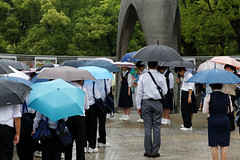 20140520-26-Minute's silence at Childrens Peace Monument in Hiroshima.jpg (Roger T Wong) Tags: travel school people rain children hiroshima umbrellas 2014 peacememorialpark childrenspeacemonument canon24105f4lis canonef24105mmf4lisusm canoneos6d rogertwong