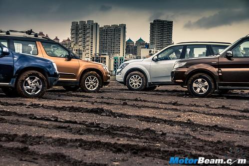 2015-Mahindra-XUV500-vs-Skoda-Yeti-vs-Tata-Safari-Storme-vs-Renault-Duster-AWD-23
