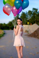 dg140809_Xpro_SXT96525_web (Schwarzweissart.de) Tags: summer woman balloons outdoor availablelight beautifulwoman