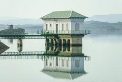 Reflejo (Patataasada) Tags: reflejo pntano embalse embalsedelasotonera agua reflection water huesca aragón españa spain pantano a3b