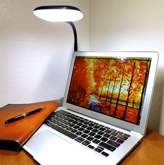 Macbook Air 2013 News May Lumiy LEDs LED Lamp1060865 (stanfordgreentrees) Tags: pro macbook macbookpro macbookair macbookproretina 15inchmacbookproretina
