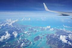 Flight From Barbados to Miami (FK Parpinelli) Tags: travel sea usa praia islands mar us florida flight viagem nuvens americanairlines aa voo estadosunidos caribe ilhas