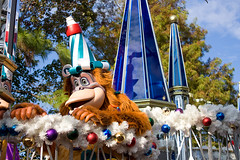 IMG_5610 (onnawufei) Tags: parade disneyworld louie wdw waltdisneyworld magickingdom kinglouie thejunglebook