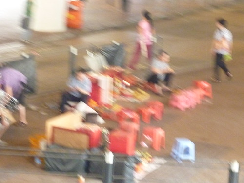 HK。鵝頸橋橋底的打小人