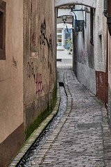 small alleyway (robert.molinarius) Tags: germany small alleyway freiburg aps molinarius fujifilmxe1