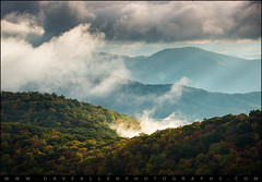 Blue Ridge Parkway Autumn Morning (Dave Allen Photography) Tags: morning mist mountains fog sunrise nc northcarolina blueridgeparkway wnc landscapephotography vision:mountain=082