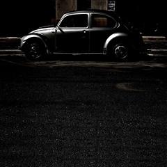 lumiere (archifra -francesco de vincenzi-) Tags: car volkswagen square italia beetle minimalism minimalismo vwbeetle carr coccinelle fusca molise volkswagenbeetle isernia vocho carocha minimalisme kafer minimalart volky vwcoccinelle archifraisernia volkswagenmaggiolino francescodevincenzi