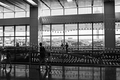 Drops (gldi0001) Tags: moving drop kinetic installation fujifilm xe1 stphotographia streetphotographia xf1855