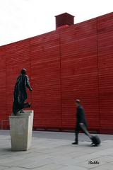 More Red (Bobbe Theo) Tags: london statue walking southbank