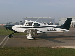 N45AH Cirrus GTS Platinum (Aircaft @ Gloucestershire Airport By James) Tags: james airport gloucestershire platinum lloyds cirrus gts egbj n45ah