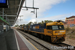 MP5 hauled by NR40 / NR46 / DL50 (baytram366) Tags: road railroad buses station electric highway pacific diesel suburban south transport railway australia trains national emu greenhill keswick freight services locomotives anzac showgrounds wayville dmu hauled adelaidemetro transadelaide
