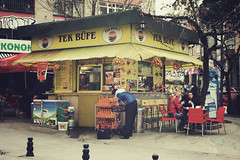 Istanbul | Turkey, March 2014 (Sebastien BERTRAND) Tags: city canon turkey istanbul turquie streetphoto streetfood ville photoderue streetsnack istanboul eos40d canon40d fotomato sebfotomato sbastienbertrand sebastienbertrand