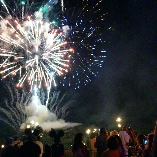 #4thofjuly #fireworks #hamptons #redwhiteandblue