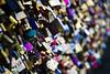 Cadeado, Padlock, Cadenas, Vohängeschloss, Candados, Lucchetto... (Amauri Jr.) Tags: paris france cadenas europa europe frança padlock cadeado lucchetto cadeados candados canoneos7d canon18200mm vohängeschloss