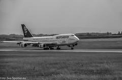Ed Force One Iron Maiden  Boeing 747-428  TF-AAK (Austrian Air Spotter) Tags: edforceoneironmaiden edforceoneironmaidenboeing747428|tfaak aircraft fahrzeug flugzeug flughafen boeing b747428 747428 747400 b747 jet jumbojet linienflugzeug outdoor nikon nikon7000
