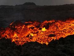 v13 (loïcabadie) Tags: eruption pitondelafournaise laréunion réunion volcan lave