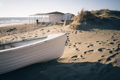 On the beach [#2] (Un ragazzo chiamato Bi) Tags: pesciaromana maredinverno sea winter boat sand beach sony a7 fe 28mm f20